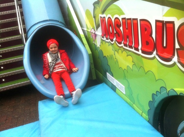 moshibus slide WeLovePoppy 620x462 Moshi Monsters